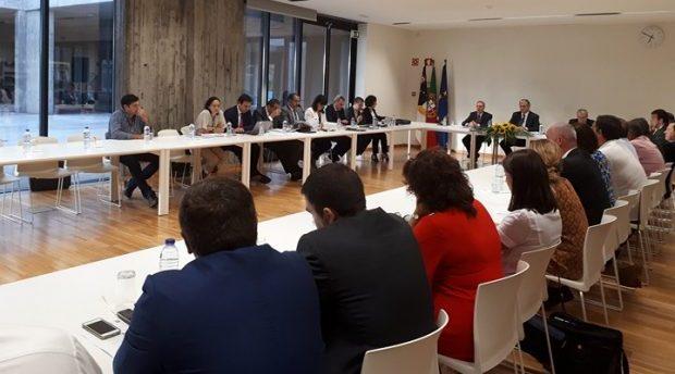 Conselho de Ilha de São Jorge diz que nem tudo se resume a estatísticas e insiste nos constrangimentos causados pela SATA, Governo Regional está empenhado em melhorar respostas (c/áudio)