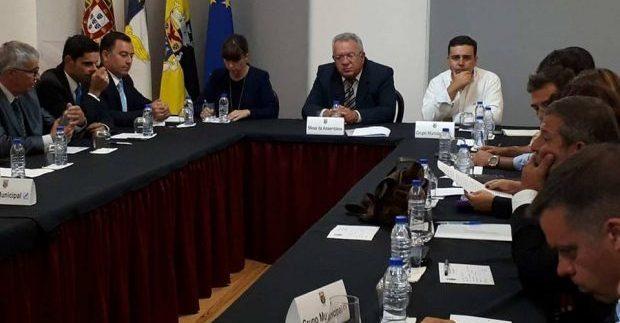 """João Estrela Maciel é o novo Presidente da Assembleia Municipal das Velas – PS fala em """"falta de respeito pelos cidadãos"""" (c/áudio)"""