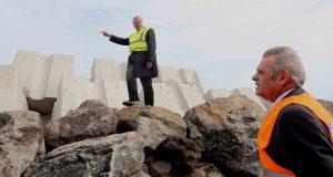 Obras portuárias em curso ascendem a cerca de 30 milhões de euros, anuncia Vasco Cordeiro