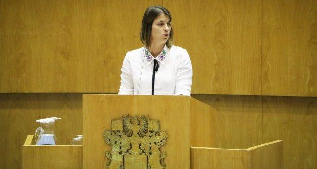 Catarina Cabeceiras pede mais verdade e menos propaganda ao PS (c/áudio)