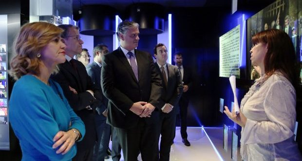 Novas instalações são primeiro passo para serviço público de rádio e televisão concretizar todo o seu potencial, afirma Vasco Cordeiro