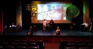 """Alunos do Curso de Animador Sociocultural da EBS das Velas apresentam sábado, no Auditório Municipal, a peça """"Um Conto de Natal"""" de Charles Dickens"""