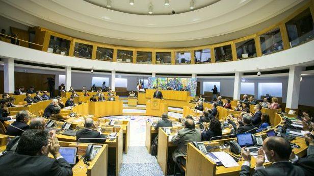 Plano e Orçamento da região aprovado apenas com os votos da maioria socialista – toda a oposição votou contra