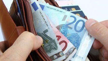 Salário mínimo nos Açores vai chegar aos 609 Euros