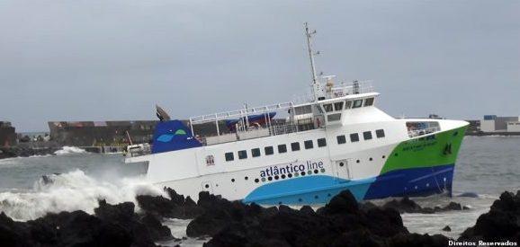 Cinco propostas na fase final de concurso para remover o navio 'Mestre Simão'