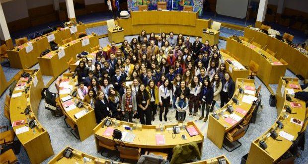 Eleitos os Jovens Deputados que irão representar os Açores na Sessão Nacional do Parlamento dos Jovens