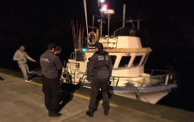 Polícia Marítima assiste embarcação de pesca ao largo da ilha de São Jorge