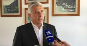 Duarte Freitas considera inadmissível que República corte fundos para os Açores