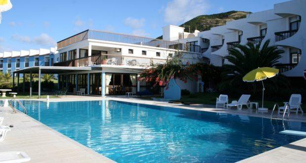 Hotel São Jorge Garden foge ao decréscimo das dormidas em São Jorge e conta com lotação esgotada durante os meses de verão (c/áudio)