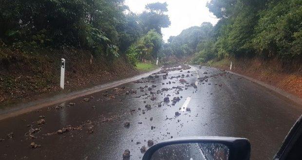 Troço da estrada de acesso ao Topo encontra-se encerrado por precaução