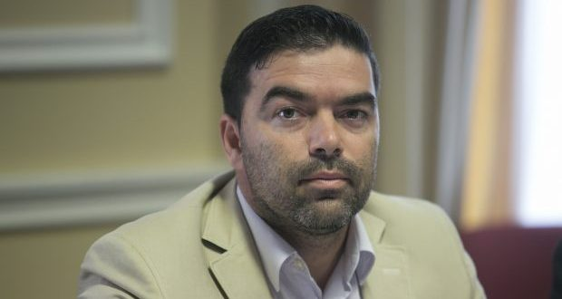 """""""IROA S.A. tem sido estratégico para o desenvolvimento da agricultura nos Açores"""", afirma André Rodrigues"""