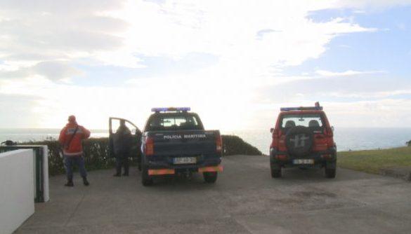 Suspensas hoje e amanhã as buscas pelo jovem de 26 anos que continua desaparecido no mar