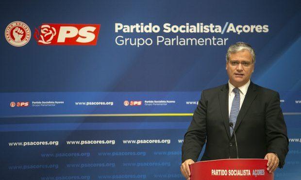 Vasco Cordeiro anuncia reforço de 140 recursos humanos para o Serviço Regional de Saúde