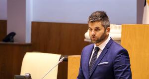 """Jorge Paiva questiona Secretário Regional da Saúde sobre """"elevada rotatividade"""" de médicos em São Jorge (c/áudio)"""