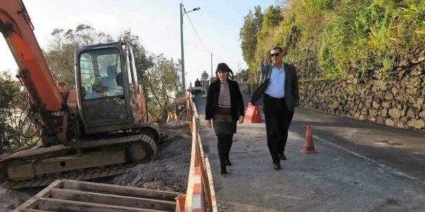 Troço de estrada entre a Ribeira do Almeida e o Aeroporto reabre esta sexta-feira