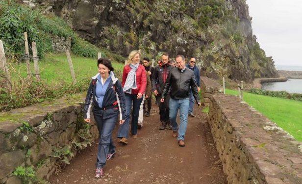 Investimentos na Fajã da Caldeira de Santo Cristo mostram empenho do Governo na criação de condições para a fruição dos espaços naturais, afirma Marta Guerreiro