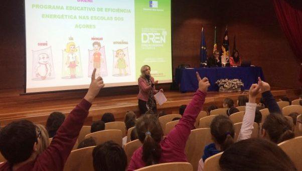Governo dos Açores promove eficiência energética nas escolas