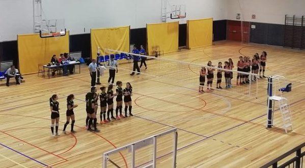Está a decorrer na EBS das Velas o Regional de Vóleibol no escalão Iniciadas Femininas – vencedoras vão ao Nacional (c/áudio)