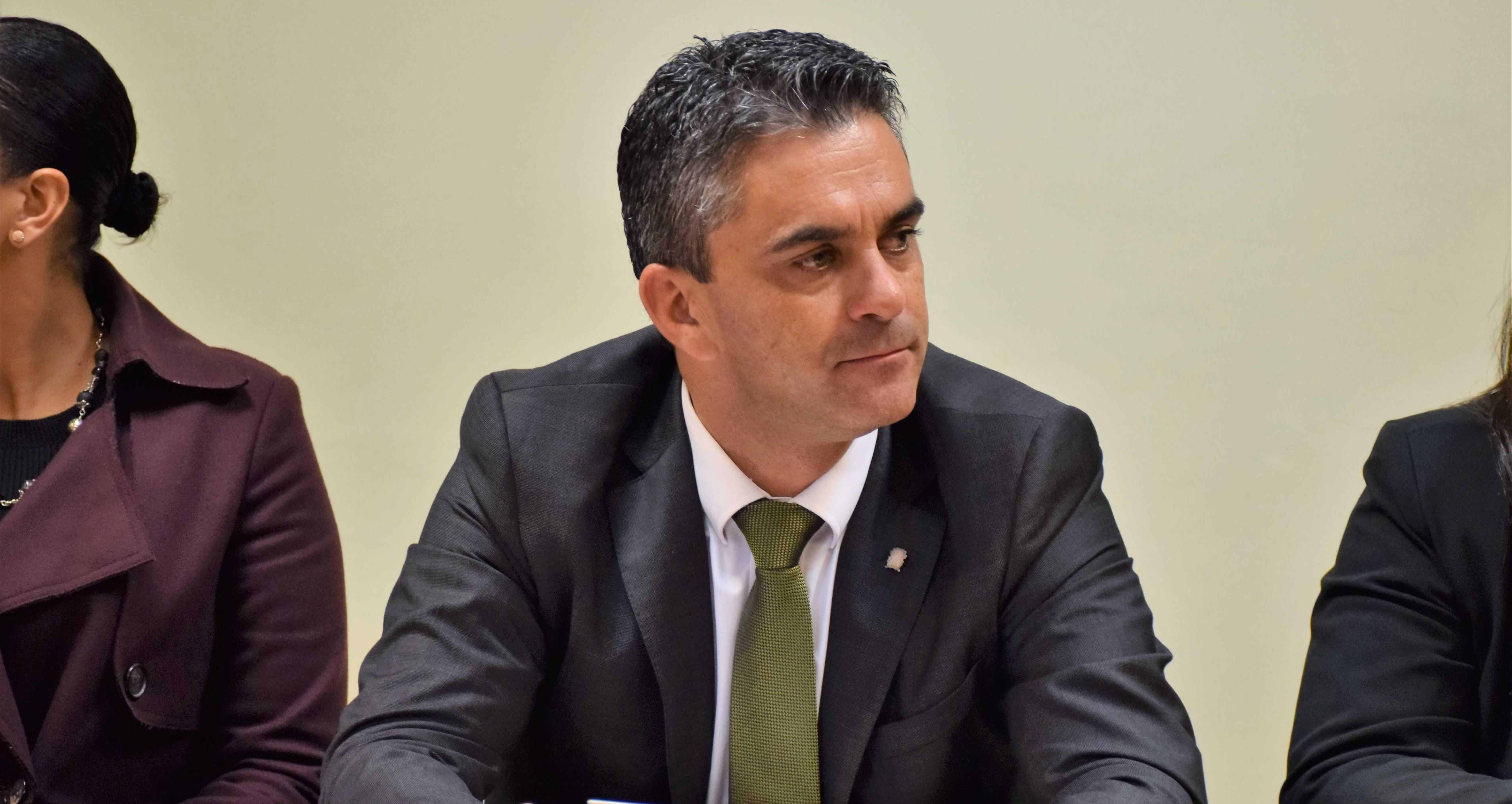 """Transporte marítimo – """"Amadorismo"""" do Governo prejudica açorianos, acusa PSD"""