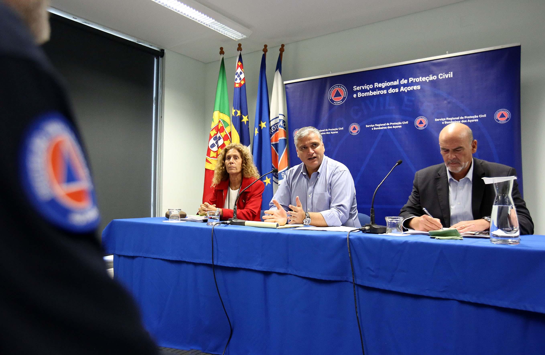 Vasco Cordeiro anuncia ativação do Plano Regional de Emergência – Escolas encerram na quarta-feira