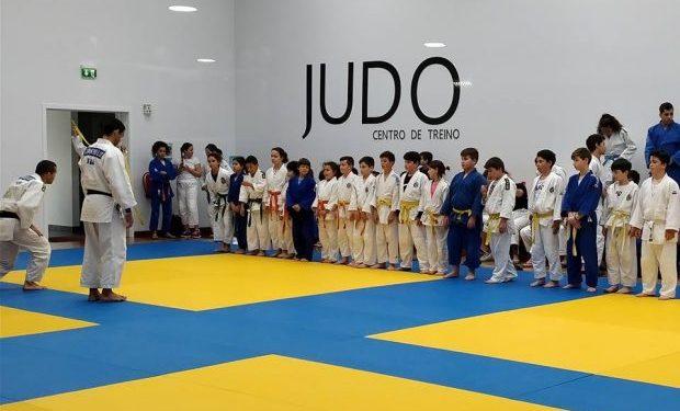 Diretor Regional do Desporto destaca importância do Centro de Treino de Judo de São Jorge