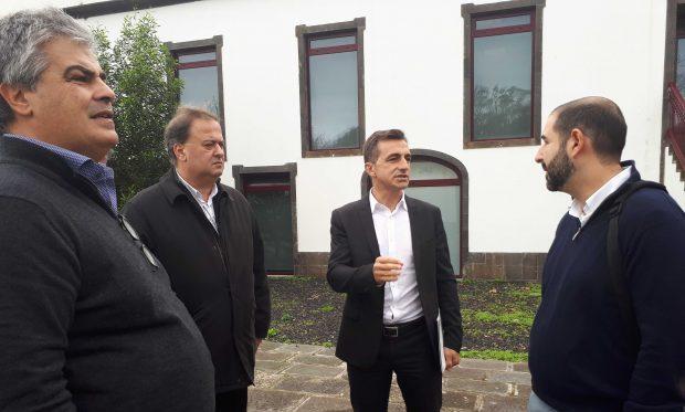 PSD/Açores entrega proposta para criação do Observatório das Dependências