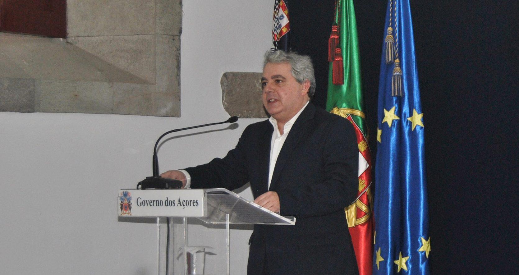 Governo dos Açores injeta 45 milhões de euros nas empresas para apoio imediato à manutenção dos postos de trabalho