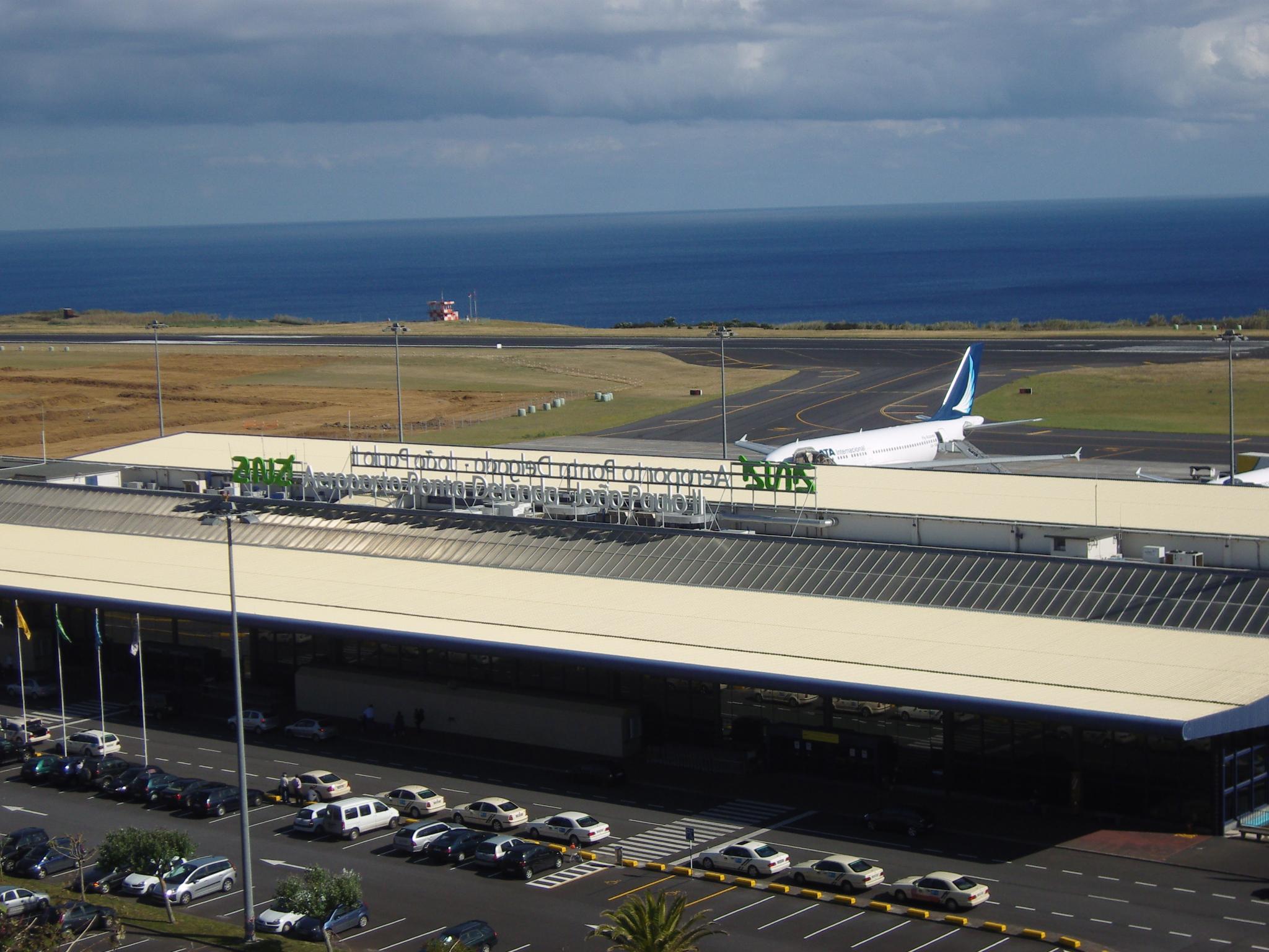 Passageiro infetado desembarca em Ponta Delgada