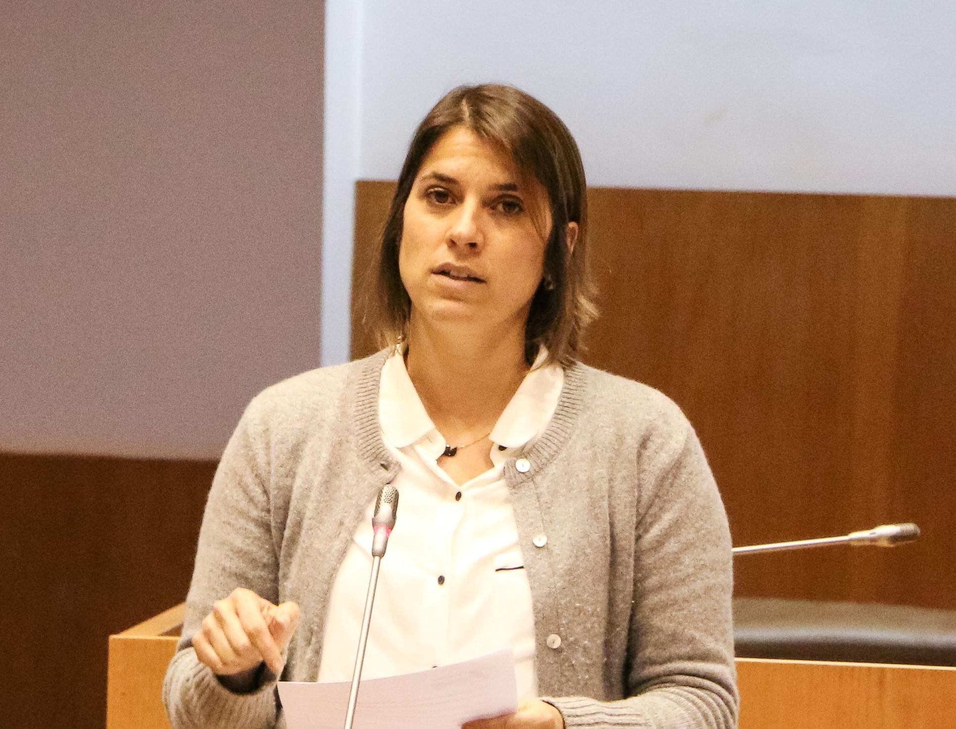 CDS quer assegurar condições em estrada de São Jorge