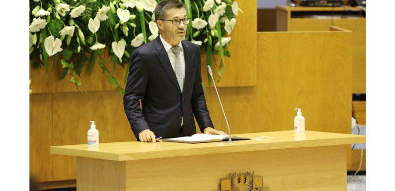 Luís Garcia é o novo presidente da Assembleia Legislativa dos Açores