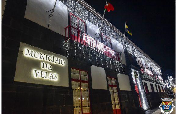 Câmara Municipal das Velas aposta num reforço da iluminação de Natal na Vila