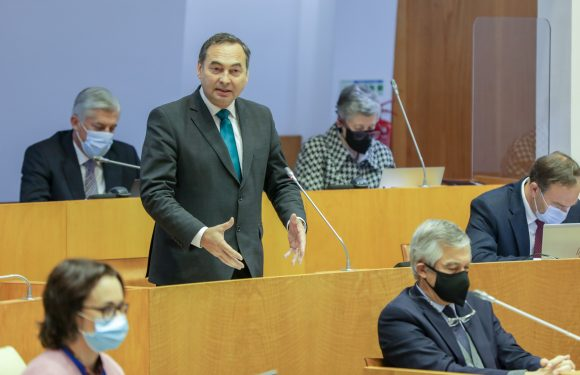 António Ventura solicita à Ministra da Agricultura que interceda junto de Bruxelas sobre dotações do POSEI