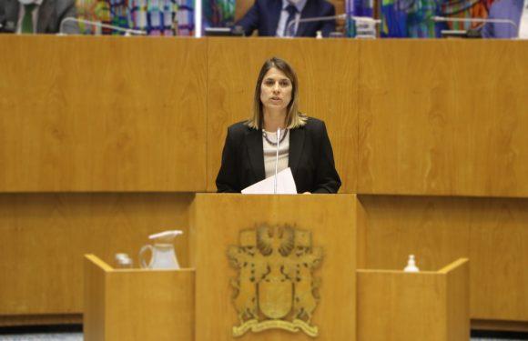 """""""Plano e Orçamento Regional para 2021 tem marca identitária do CDS-PP"""" refere Catarina Cabeceiras"""