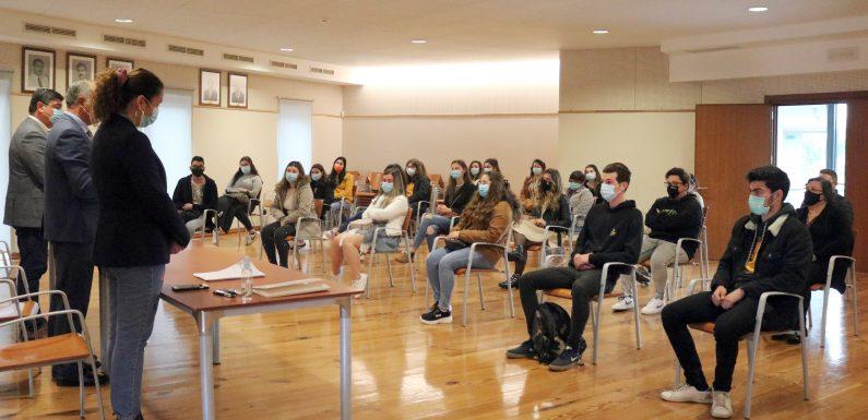 Município da Madalena atribui bolsas de estudo a 37 alunos do Ensino Superior