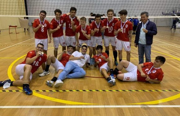 Futebol Clube Calheta sagra-se Vice-campeão Regional de Voleibol Masculino Sub-21