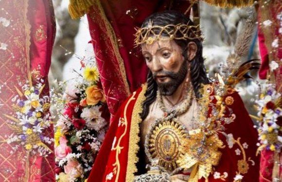 Capa usada em 1991 diante do Papa vai cobrir o Senhor Santo Cristo dos Milagres este ano
