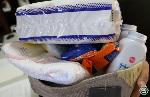 Câmara Municipal de São Roque do Pico apoiou 16 famílias com cestas de Natalidade