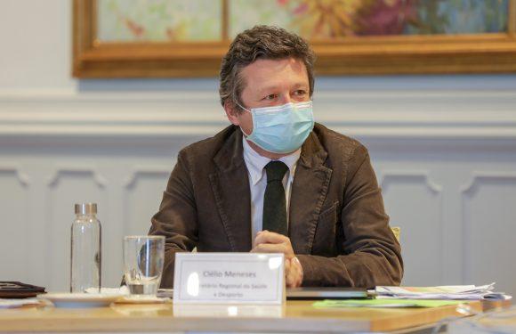 Testes à covid-19 são gratuitos nas farmácias com protocolo celebrado, frisa Clélio Meneses
