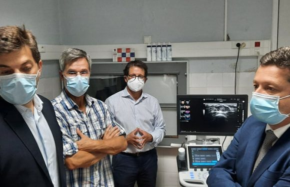 Clélio Meneses entregou ecógrafo ao Centro de Oncologia dos Açores