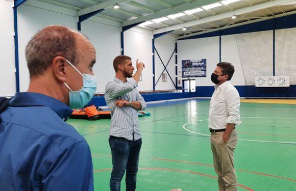 Clélio Meneses inaugurou obras de beneficiação do pavilhão desportivo do Corvo