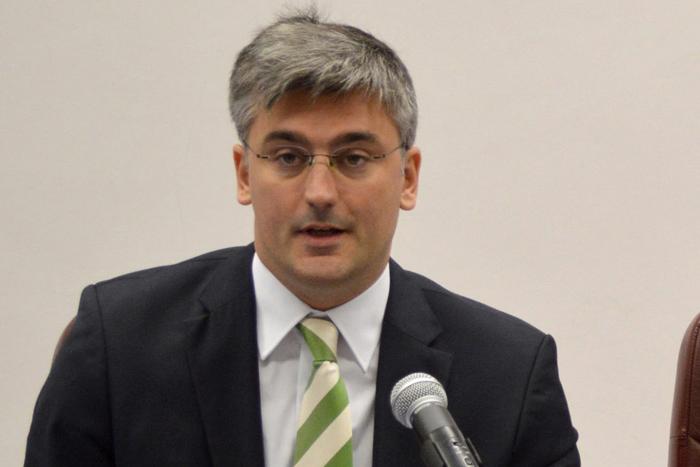 Melhoria da qualidade na Saúde é aposta do Governo dos Açores, garante Luís Cabral