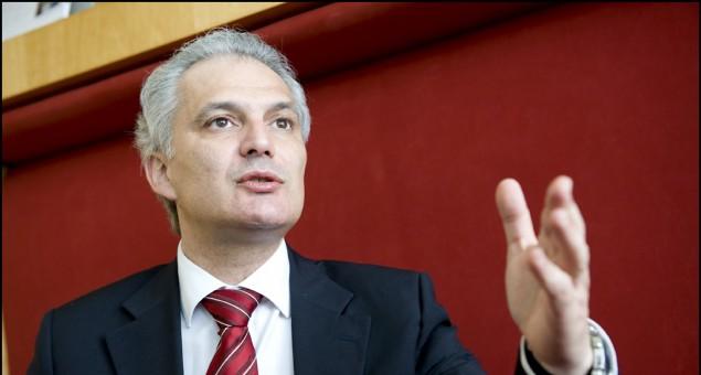 Luis Paulo Alves alerta CE para obrigatoriedade de estudo do impacto nos Açores do acordo da UE-EUA