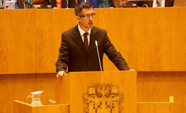"""Horários das ligações aéreas para os Açores """"ainda deixam muito a desejar"""", afirmou António Pedroso (c/video)"""