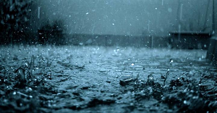 Proteção Civil alerta para chuva e trovoada em sete ilhas dos Açores