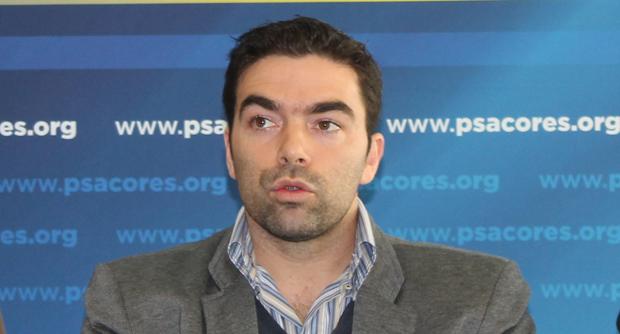 """""""PSD limita-se a apontar problemas e nunca apresenta soluções"""", acusa André Rodrigues"""