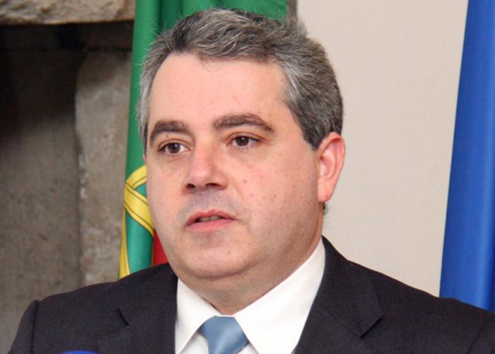No dia em que a República pagar aos hospitais, as dívidas aos fornecedores serão liquidadas, afirma Sérgio Ávila