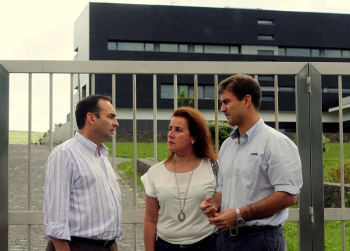 Eventuais problemas levam Governo Regional a bloquear visita do PSD ao futuro Laboratório Regional de Veterinária