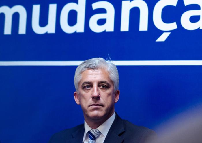 """""""Dívida do governo regional à SATA está a destruir companhia"""", considera Duarte Freitas"""