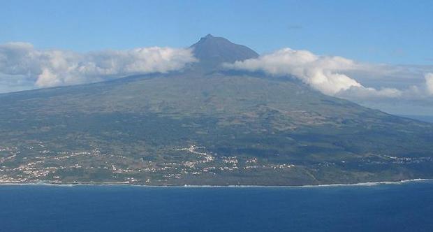 Governo dos Açores inicia terça-feira a visita estatutária ao Pico