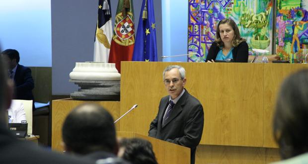 Contratação pública: Félix Rodrigues denuncia falta de transparência e alegado favorecimento político